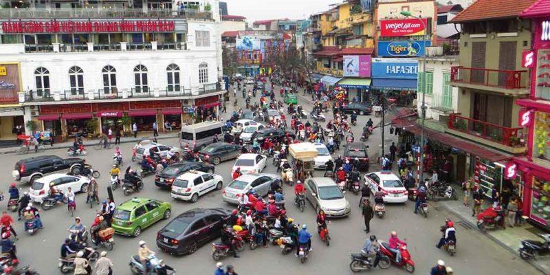 Вьетнам - дорожное движение в Ханое