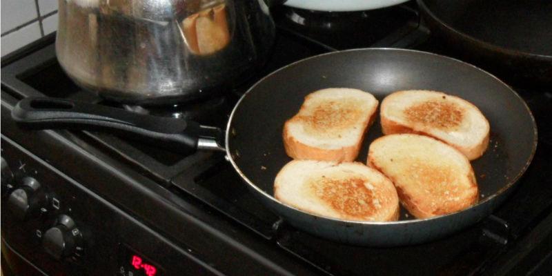 Гренки на сковороде
