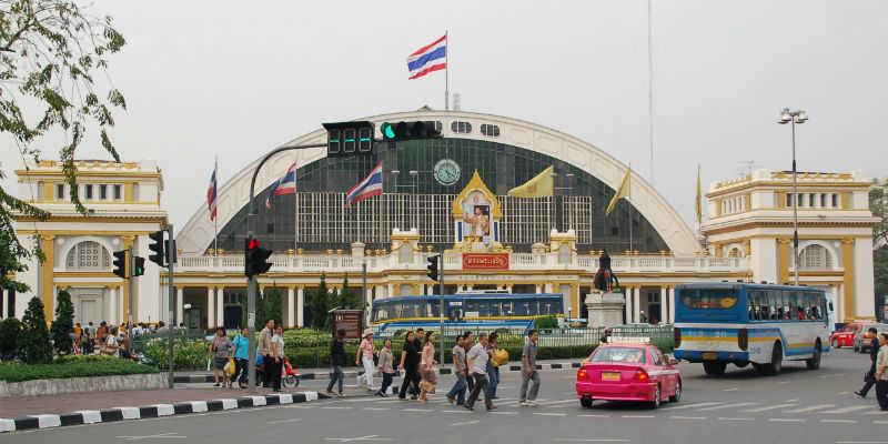 Хуалампхонг - главный железнодорожный вокзал Таиланда