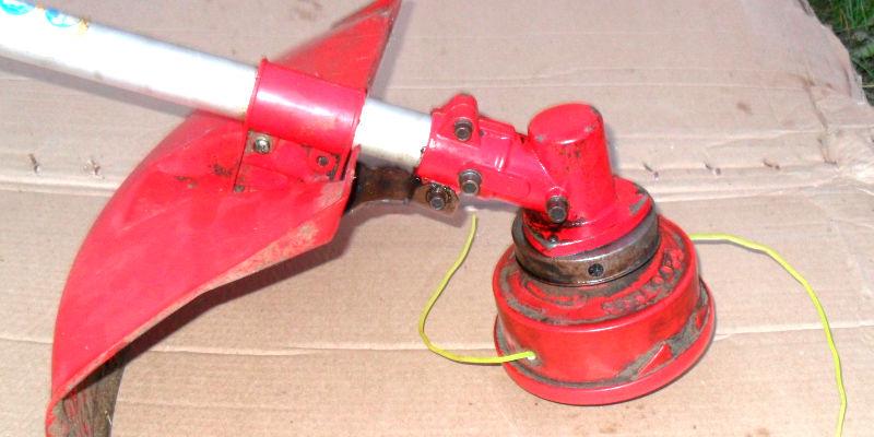 Нижний редуктор триммера PRORAB-8406